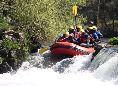 river rafting in river
